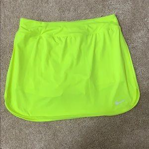NWT Nike tennis skirt - M 🎾